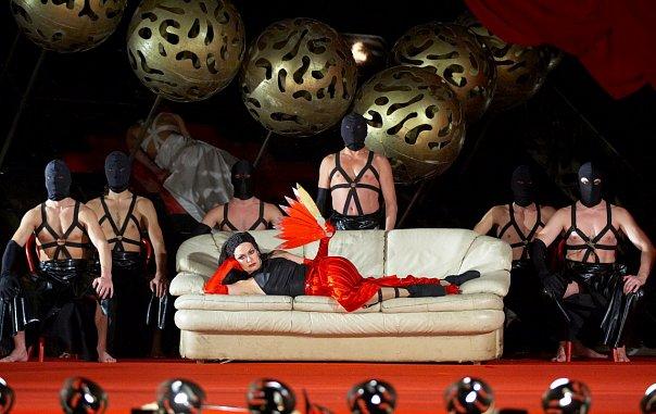 Спектакль саломея виктюка купить билеты мариинский театр афиша на завтра
